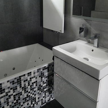P.M. Sikking Loodgietersbedrijf – Verbouwing van badkamers en toiletruimtes – Van leveren en plaatsen van sanitair, tot complete verbouwing van toiletruimten en badkamers.